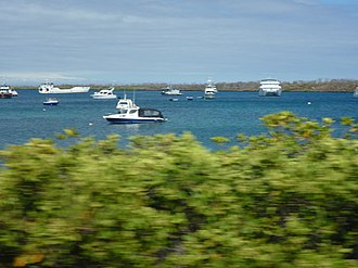 Itabaca Channel - Image: Boats off the Santa Cruz Island Galapagos in the Itabaca Channel photo by Alvaro Sevilla Design