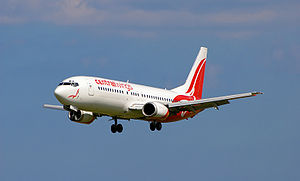 English: Centralwings' Boeing 737-400 landing ...