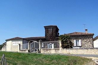 Château Clos Haut-Peyraguey - View of the buildings