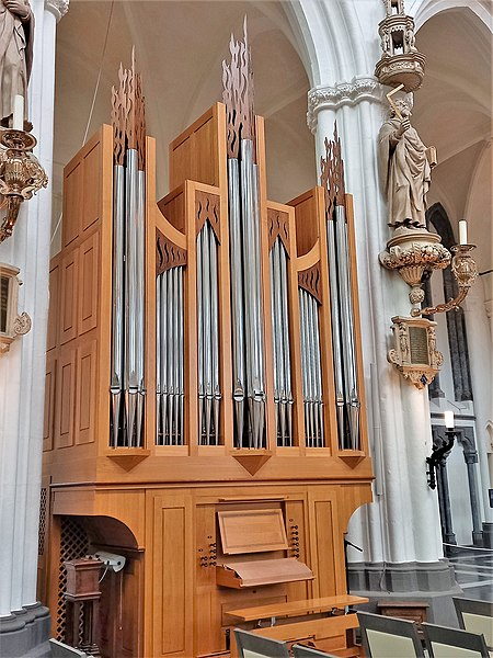 Datei:Brügge, Onze Lieve Vrouwe (Skrabl-Orgel) (2).jpg