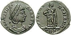 Bronze-Flavia Maximiana Theodora-trier RIC 65.jpg