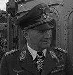 Bundesarchiv Bild 146-1979-174-10, Hermann Göring und Bruno Loerzer (cropped).jpg