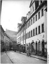 Schiller-Wohnung (Windische Gasse), heute hier Neubau Schillermuseum (Quelle: Wikimedia)