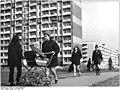 Bundesarchiv Bild 183-K0324-0008-001, Erfurt, Neubaugebiet Johannesplatz, Wohnblocks.jpg