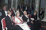 Bundesarchiv Bild 199-1992-089-13A, Britische Königin Elisabeth II. in Brühl.jpg