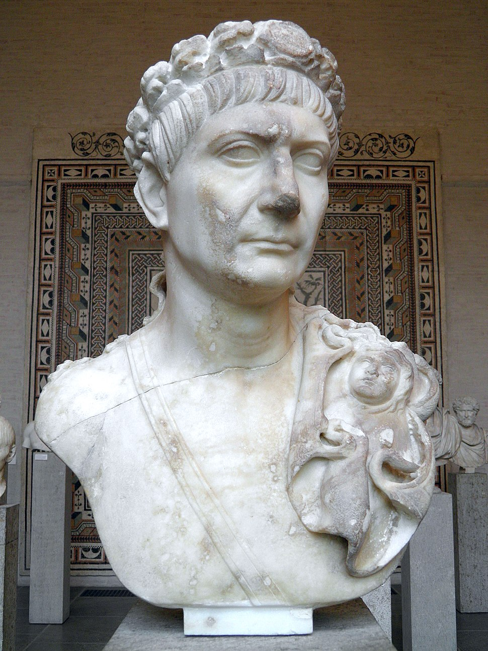 Bust of Trajan wearing the Civic Crown with medallion, a sword belt and the aegis (as symbol of divine power and world domination), Glyptothek, Munich (9014436520)