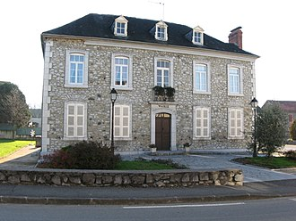 Buzy, Pyrénées-Atlantiques - Town hall