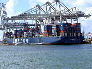 CMA CGM Ravel p1, at the Amazone harbour, Port of Rotterdam, Holland 29-Jul-2007.jpg