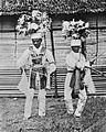 COLLECTIE TROPENMUSEUM Krijgsdansers bij een feest op Ambon TMnr 10003479.jpg