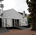 COVID-19 testing tent at the Paarl Provincial Hospital in Paarl, Western Cape, SA.jpg