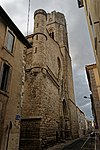 Carcassonne - Rue Albert Tomey - View South on Saint-Vincent Church.jpg