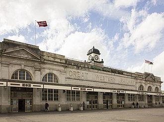 Cardiff Central railway station - 1930s frontage of Cardiff Central station (northern entrance)