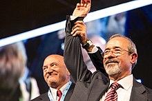 Carmelo Barbagallo (a destra), segretario UIL, con Luigi Angeletti.
