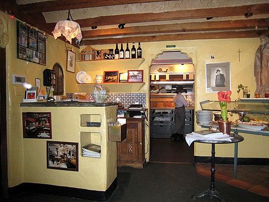Casanova (restaurant)