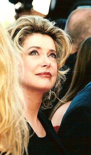 Catherine Deneuve - Deneuve in 1999
