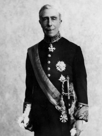 Charles Bathurst, 1st Viscount Bledisloe - Formal portrait of Lord Bledisloe in uniform.