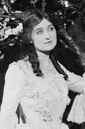 Charlotte Walker - Walker in The Crisis on Broadway (1902)