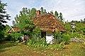 Chata, przeniesiona z m. Kwasówka, ob. dom mieszk., drewn, 2 poł. XIX.jpg