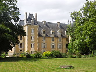 Saint-Julien-l'Ars - The Chateau in Saint Julien