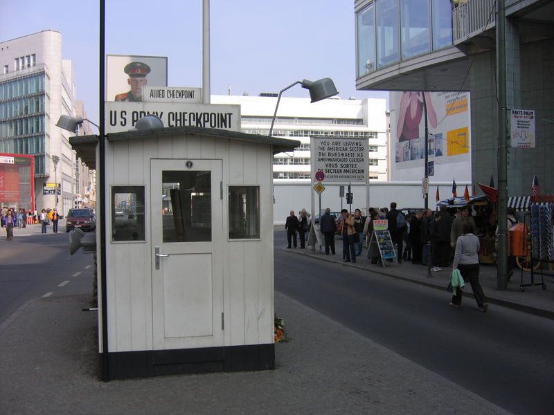 Image:Checkpoint Charlie 2005 067.JPG