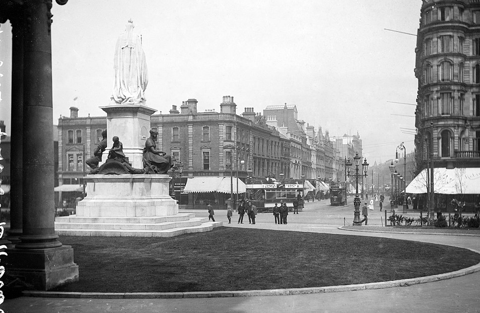 City Hall, Donegall Square, Belfast (7560740480)