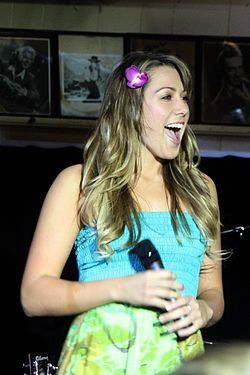 Colbie Caillat @ The Malibu Inn 07.jpg