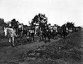 Coluna da Cavalaria Gaúcha passando por Itararé em julho de 1932.jpg
