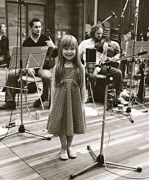 English: British child singer Connie Talbot, a...