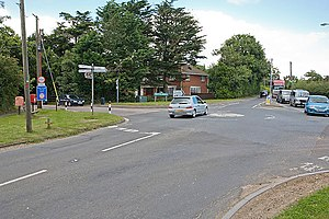 Wootton railway station - Image: Crossroads at Wootton Common geograph.org.uk 519229