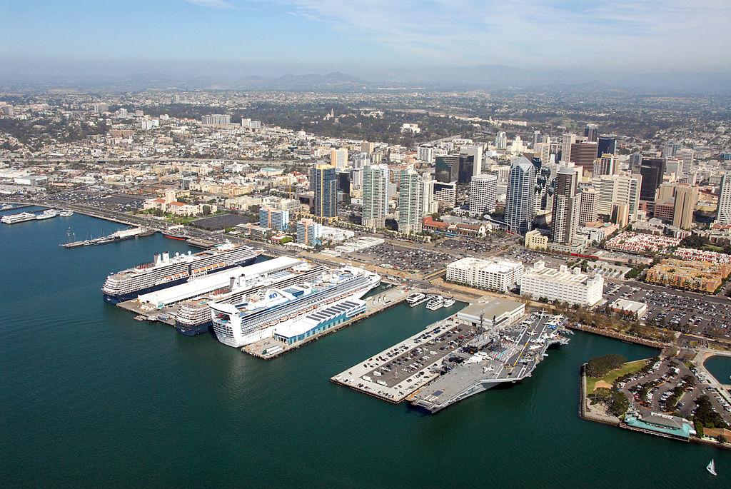 File Cruise Ships Visit Port Of San Diego 004 Jpg