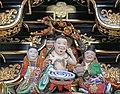 Décor de la porte Yomei-mon du sanctuaire shinto Toshogu de Nikko (Japon) (29372020418).jpg