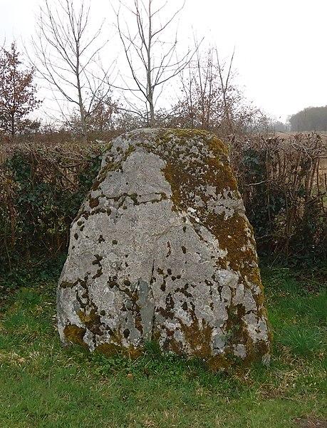 Menhir de Lorrière - Dissé-sous-le-Lude - Sarthe (72)