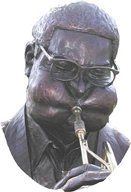 Statue of Gillespie in his hometown of Cheraw, South Carolina Dizzy Gillespie statue.jpg