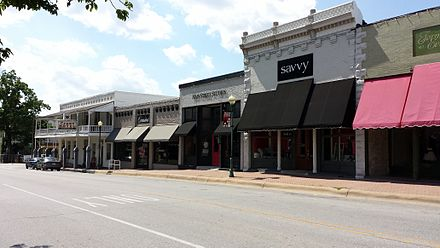 The historic downtown of Siloam Springs was first founded as a resort town surrounding the healing waters of the springs Downtown Siloam Springs, AR 005.jpg