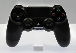 [HILO OFICIAL] PlayStation 4 250px-Dualshock_4_controller