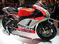 Ducati Desmosedici Hayden side.jpg