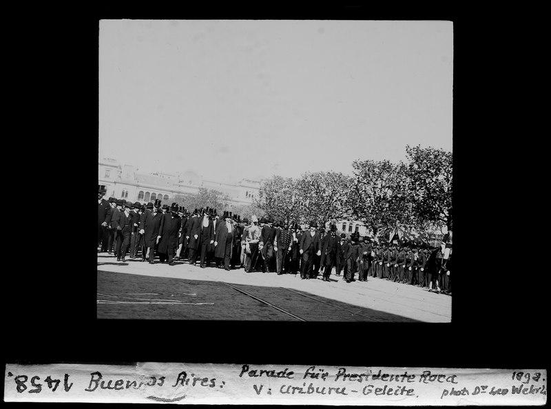 File:ETH-BIB-Buenos Aires, Parade für Presidente Roca, V. Ariburu-Geleite-Dia 247-01458.tif