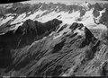 ETH-BIB-Rosenlauigletscher, Dossen, Wetterhorn, Jungfrau, Walliser Fiescherhörner v. O. aus 4300 m-Inlandflüge-LBS MH01-008032.tif