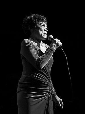 Eartha Kitt 2007.jpg