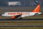 EasyJet, G-EZBX, Airbus A319-111 (39427146784).jpg