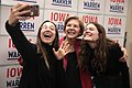 Elizabeth Warren with supporters (49406931867).jpg