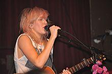 Ellie Goulding in concerto a Seattle nell'aprile del 2011