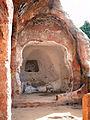 Entrada al Eremitorio de Argés, Valle de Manzanedo, Burgos 02.jpg