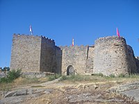 Entrada principal del castillo de Ledesma---5.JPG