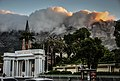 Entrance to Mount Nelson Hotel, Cape Town.jpg