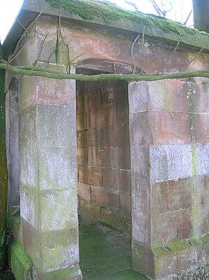 Nettlehirst - Image: Entrance to Nettlehurst's Burns family mausoleum