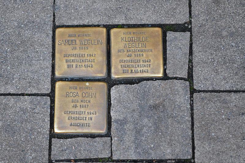 Datei:Erlangen Hauptstraße 58 Stolpersteine 001.JPG