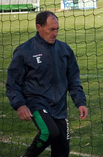 José Ramón Esnaola - Esnaola working with Betis.