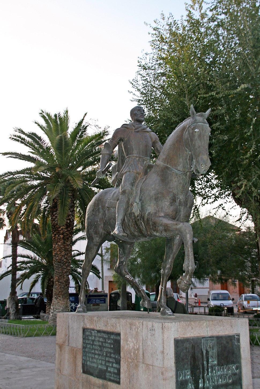 Estatua de Diego de Almagro en Almagro (España)