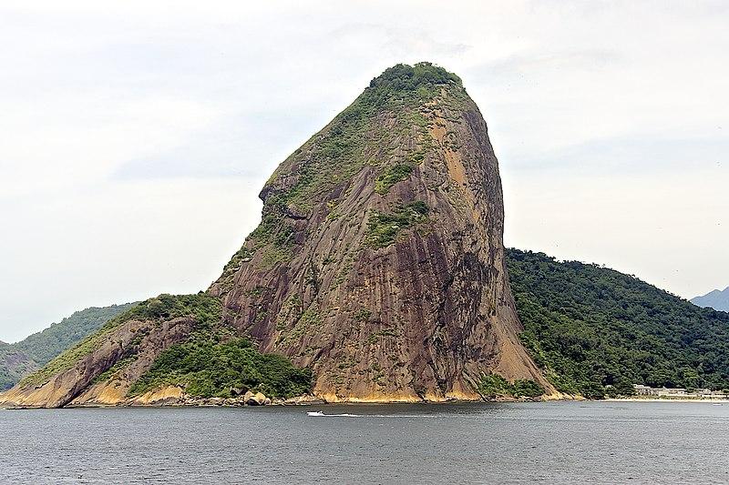File:Estr. Gen. Eurico Gaspar Dutra, 4698 - Jurujuba, Niterói - RJ, 24370-195, Brazil - panoramio (1).jpg